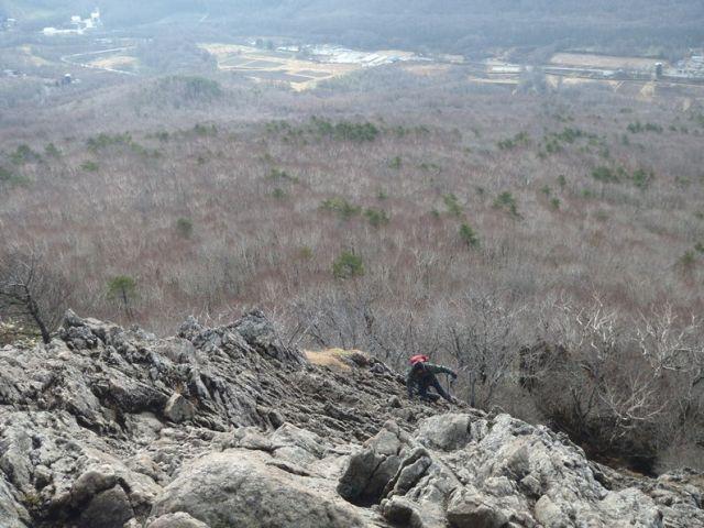 兜明神岳の岩場.jpg
