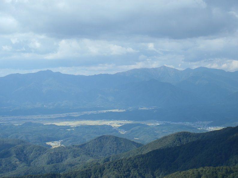 神室山地主峰小又山.jpg