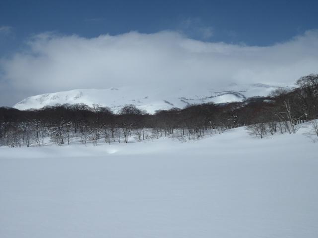 中沼から焼石岳.JPG