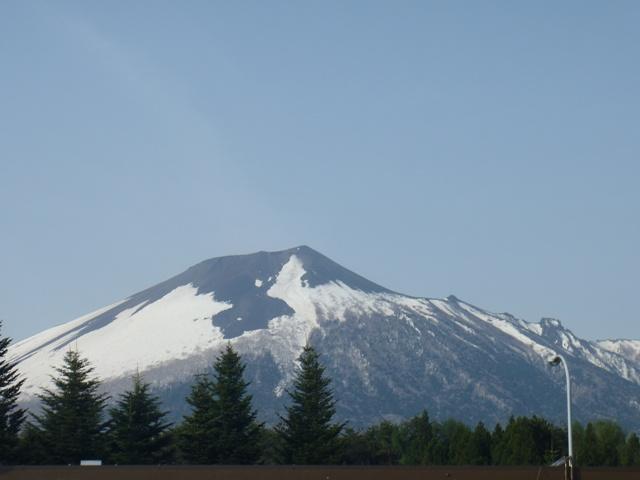 岩手山SAから岩手山.JPG