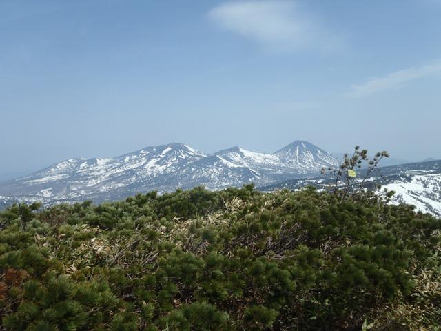 櫛ヶ峰山頂から北八甲田.JPG
