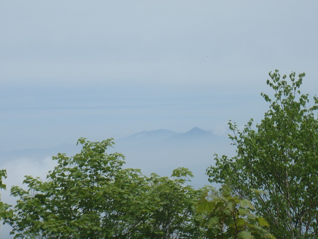 小野岳山頂より磐梯山.JPG