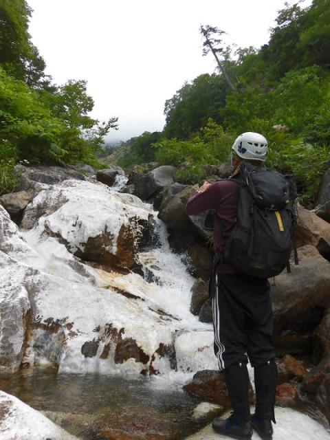 大理石の川底3.JPG