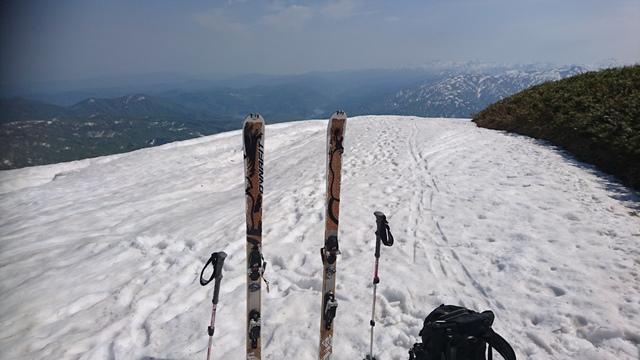 山頂より朝日岳方面.JPG