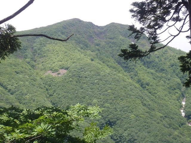 途中から雁戸山.JPG