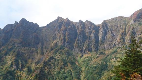 鬼ヶ面山の壁.JPG