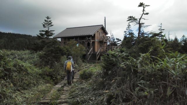 無人三ツ石山荘・信じられないくらい良い小屋でした。.png