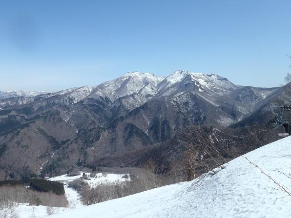 スキー場跡から面白山.JPG