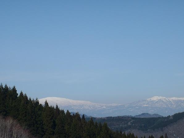 左月山・右葉山.JPG