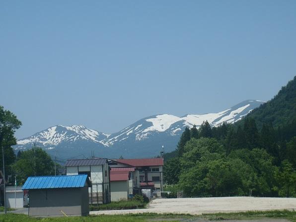 大井沢温泉から月山.JPG