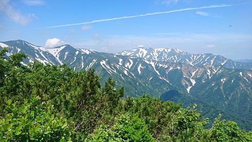 寒江山と以東岳.JPG