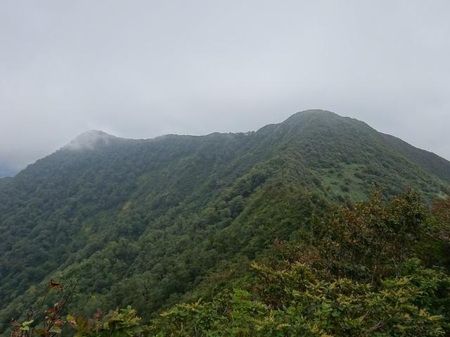 中面白山.JPG