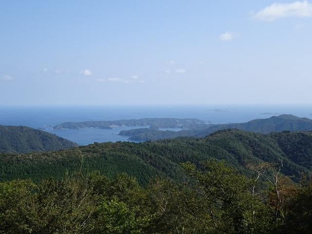 山頂から太平洋.JPG